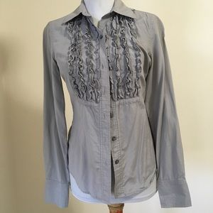 Isaac Mizrahi button down ruffled blouse